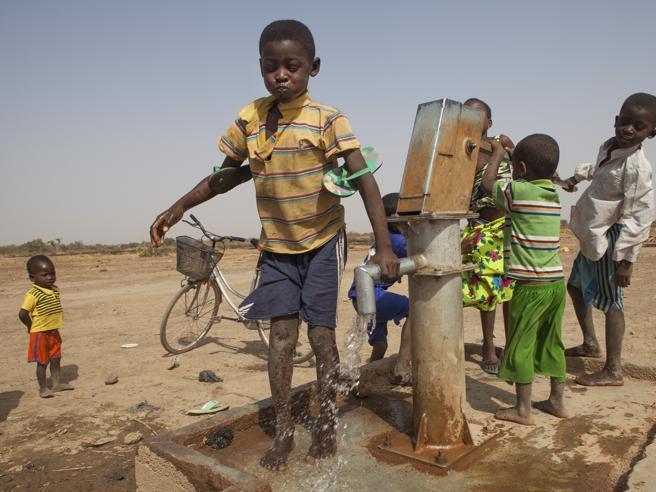 «La popolazione in Africa raddoppierà in trent'anni»