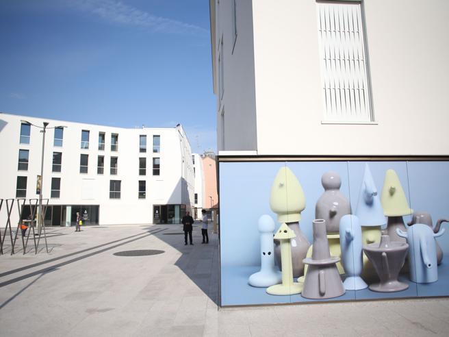 Milano, il design in piazza: parte la chiamata ad artisti e atenei