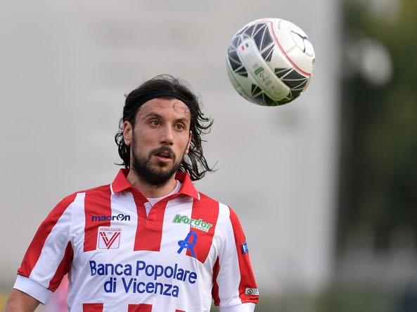 Calcio, Zaccardo cerca squadra su LinkedIn: «All'estero si fa: i ...