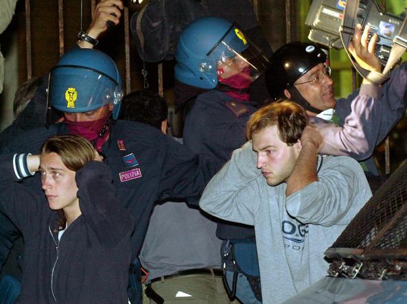 G8 Genova. Tornano in servizio i poliziotti condannati. Finita l'interdizione