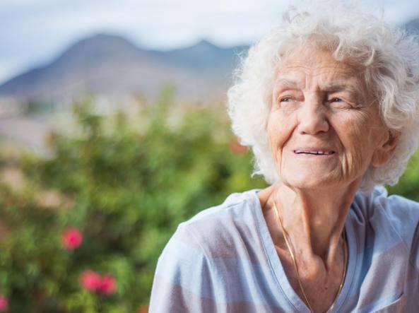 Demenza: i nove fattori di rischio che possono evitarla