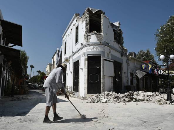 I danni sull'isola greca di Kos (Afp)