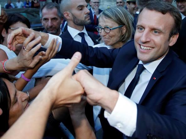 Popolarità di Macron: meno 10 punti in un mese