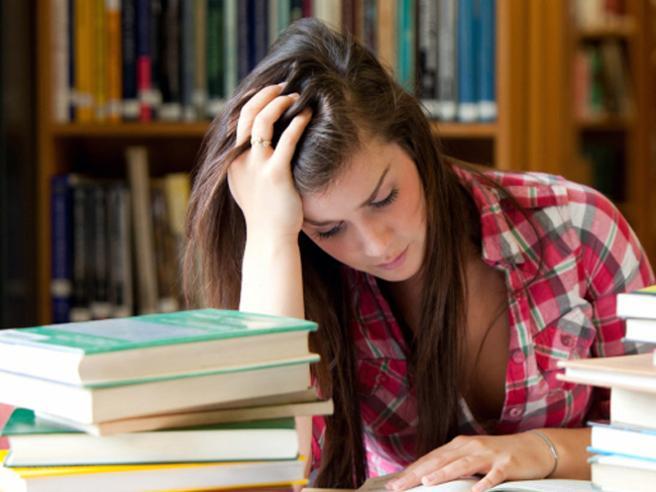 Studentessa modello si alzava i voti da sola: a processo a Trento