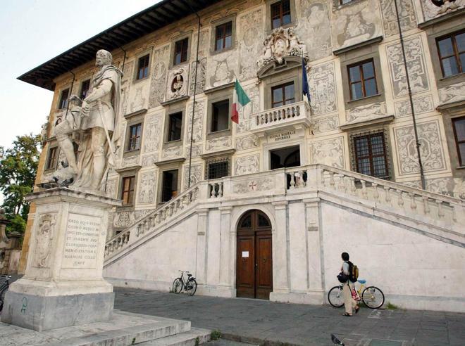 Pisa, «Concorso su misura? Questi erano gli accordi»: prof (registrato) nei guai