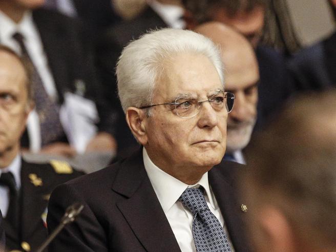 Mattarella: «Ho esortato a fare una legge elettorale, si può intervenire»