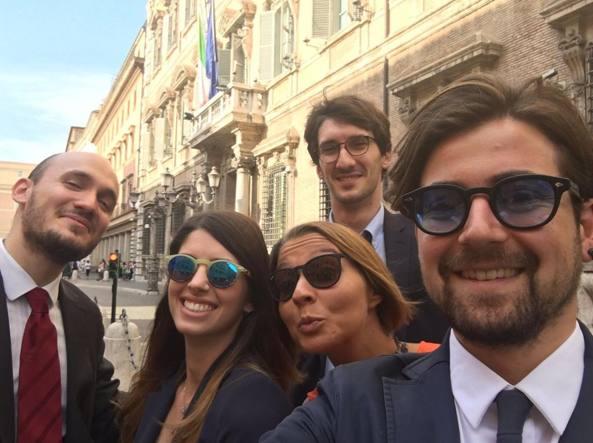Un selfie scherzoso della delegazione dei dottorandi di ricerca a Montecitorio. Giulio Formenti è il primo a sinistra