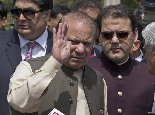 Pakistan, Corte Suprema chiede la destituzione del premier Sharif