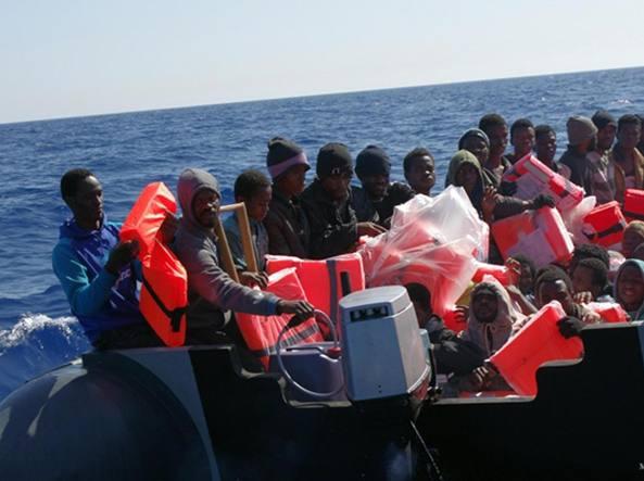 Medici senza frontiere: no alle armi a bordo delle navi di salvataggio