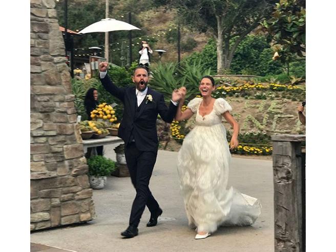 Bianca Balti sposa Matthew McRae Felice in bianco, in attesa del terzo figlio?