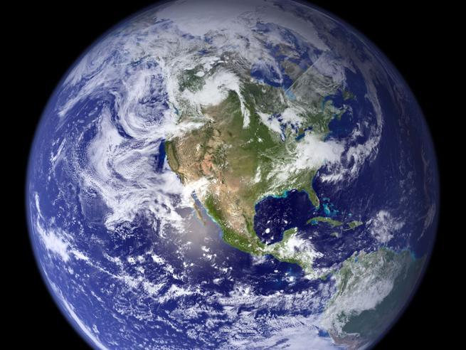 Da oggi le risorse della Terra sono finite: ci servirebbero 1,7 pianetiIl mondo visto dall'alto: le foto