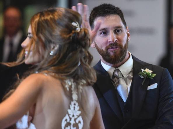 Messi, nozze benefiche, ma le offerte degli invitati sono una miseria