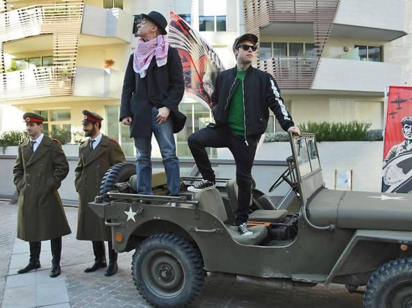 J-Ax (a sinistra) e Fedez in gennaio, alla presentazione del disco «Comunisti col Rolex» (foto LaPresse-Gian Mattia D'Alberto)