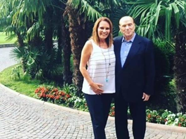 Berlusconi dopo il soggiorno di bellezza a Merano: «Tornerò ancora ...