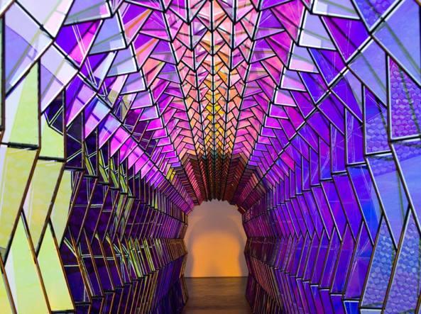 Olafur Eliasson (Copenaghen, 1967), «One-way colour tunnel» (installazione, 2007)
