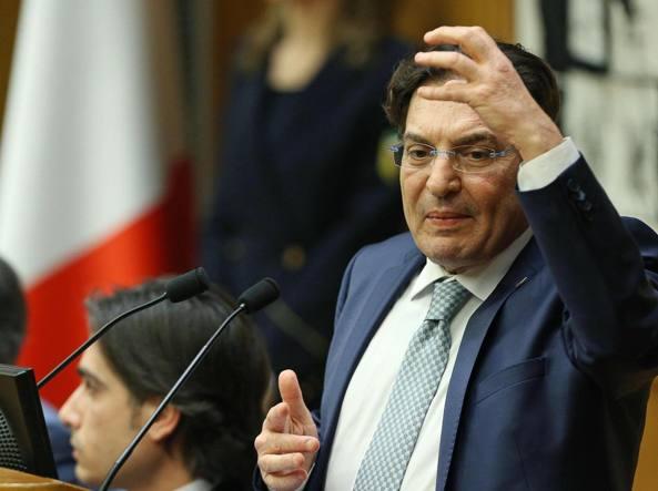 Sicilia, si torna all'elezione diretta di presidenti e consigli delle ex-province