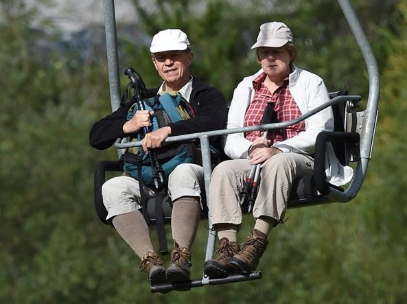 Angela Merkel in vacanza in Alto Adige con il marito