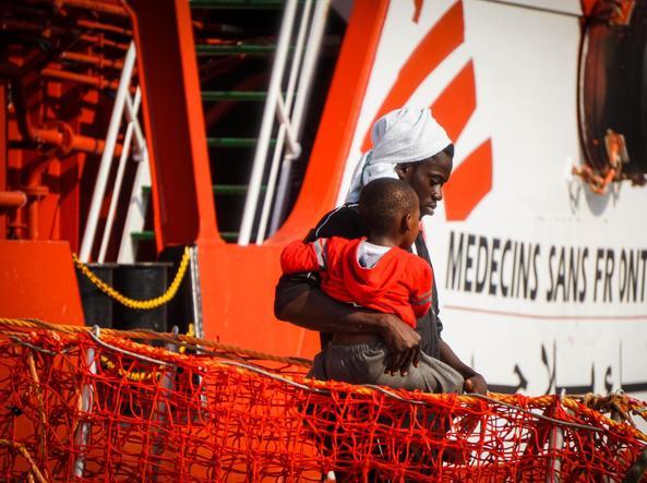 Msf sospende temporaneamente salvataggi in mare: troppo pericoloso