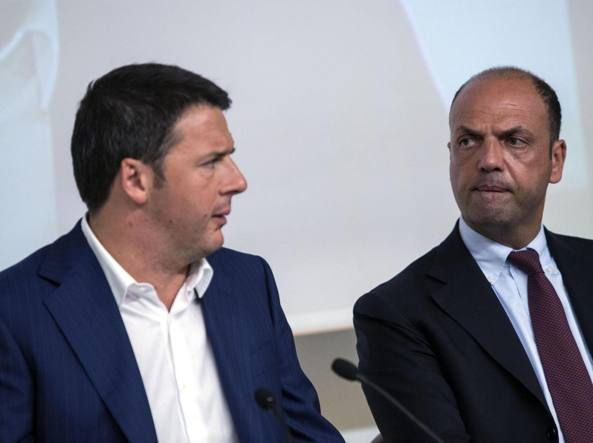 Matteo Renzi e Angelino Alfano (Ansa)
