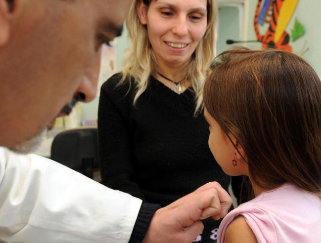 Vaccini, tutte le regoleSenza quelli obbligatori negata iscrizione al nido  o alla scuola materna