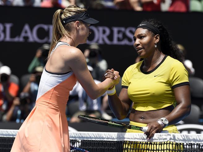 Serena Williams attacca la Sharapova: «La considerano più bella solo perché è bianca»