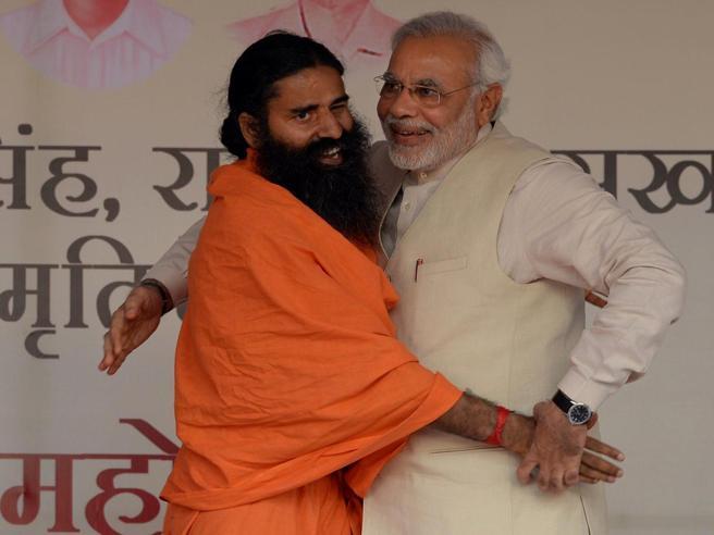 l'India censura la vita (segreta) dello yogi, amico di Modi