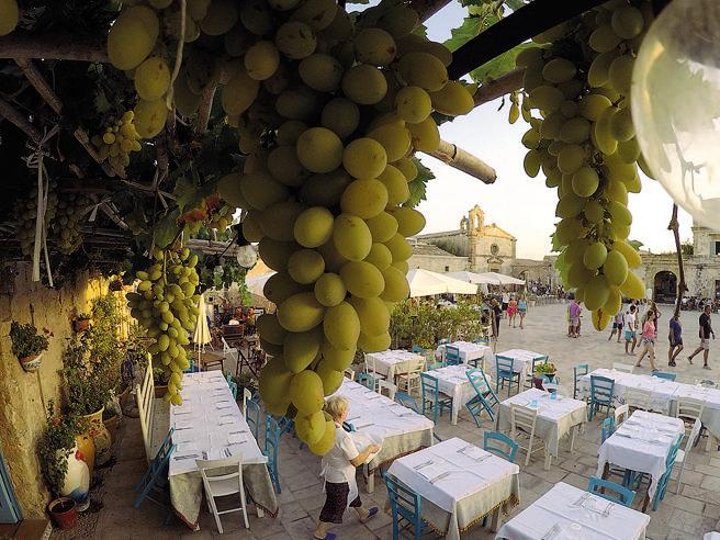 Sicilia: la taverna che resuscitò il borgo di pescatori di Marzamemi