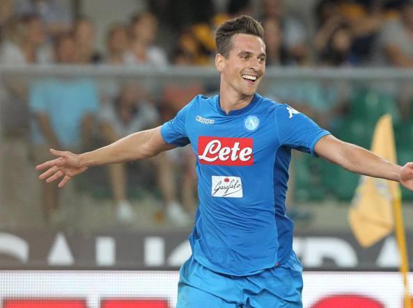 Napoli, turn-over con l'Hellas Verona: Sarri opera dai tre ai cinque cambi
