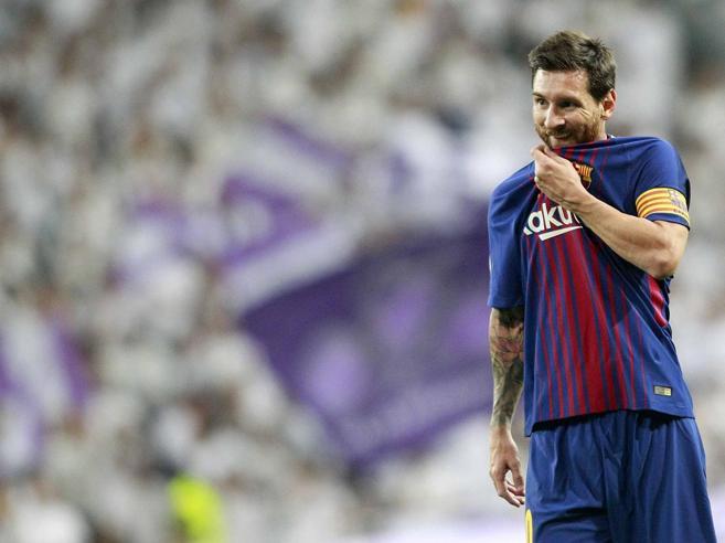 Calciomercato, Barcellona attento: il Manchester City vuol pagare la clausola per Messi