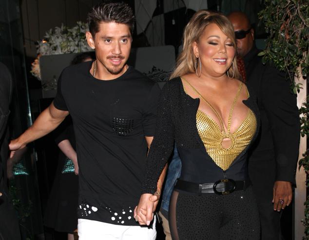 Mariah Carey, top dorato e curve più esplosive che mai a Los Angeles (con il fidanzato)