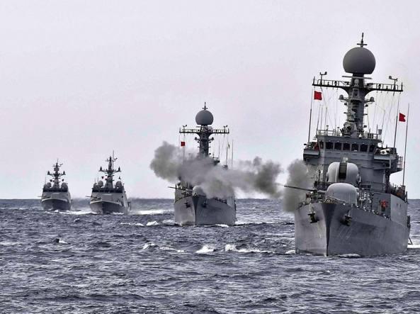 NordCorea, Parigi lancia l'allarme: missili in Europa prima del previsto