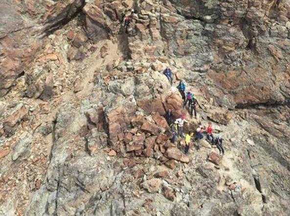 Sul Monviso con minore, muore alpinista