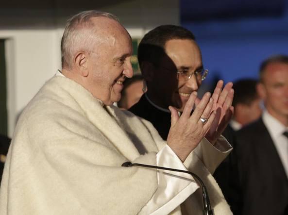 Il Papa in Colombia: primo incontro con Santos