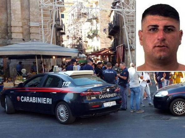 I rilievi dei carabinieri al mercato del Capo dopo l'omicidio Cusimano e nel riquadro il suo killer Calogero Lo Presti (foto Ansa)