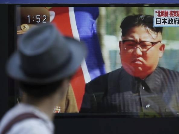 Kim Jong-un ordina agli scienziati di migliorare le armi nucleari