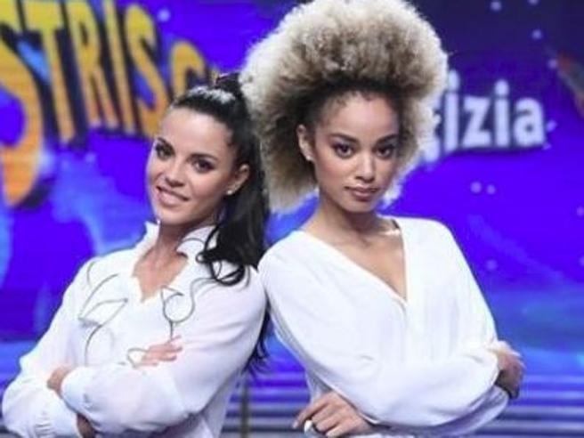 Striscia la notizia, su Facebook gli insulti alla nuova velina Mikaela Neaze Silva