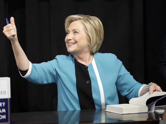 In un libro le confessioni di Hillary: «Dove ho sbagliato (forse)»