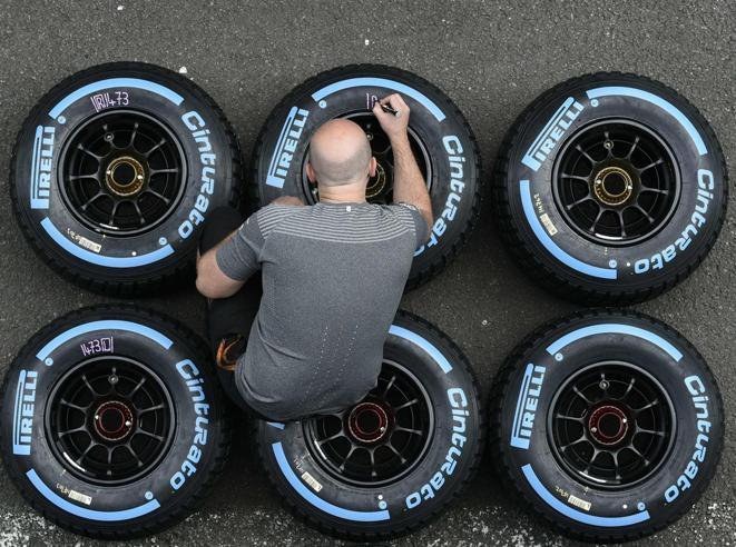 Pirelli torna in Borsa  il 4 ottobreE Tronchetti: «Lascio nel 2020»