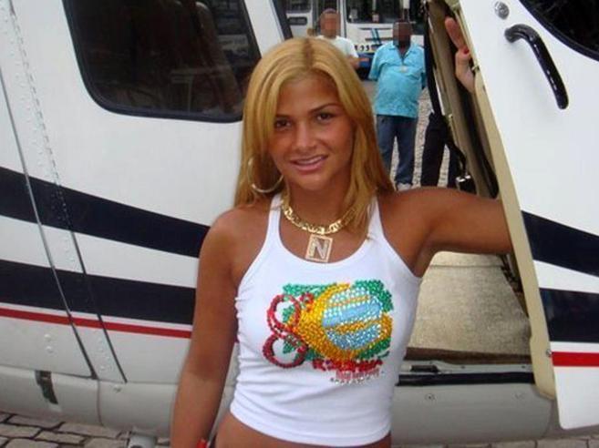 La donna latitante del narcoboss che fa impazzire i social Le foto