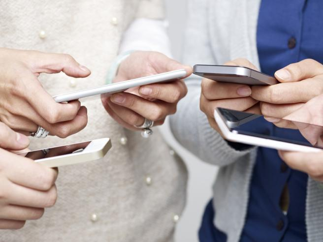 Bollette Telecom, Sky e VodafoneTorneremo a pagare meno? Cosa succede