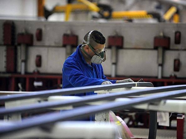 Istat: migliora la crescita ma il deficit sale ancora