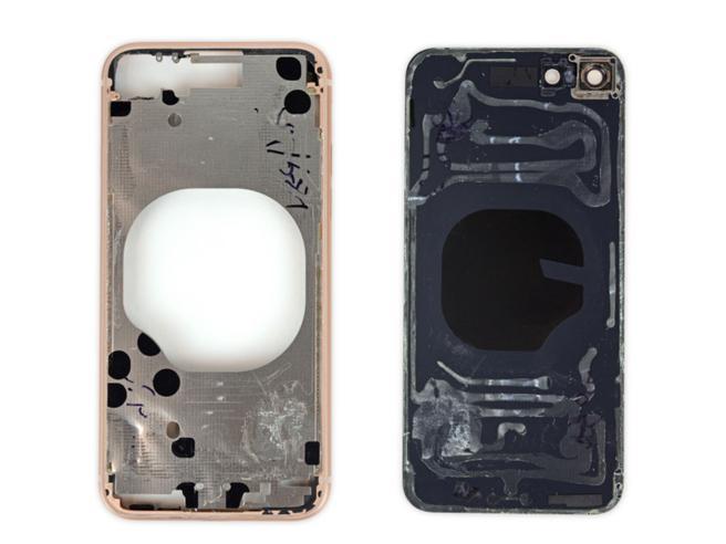iPhone 8 e 8 Plus, attenti al vetro posteriore: se si rompe costa più dello schermo