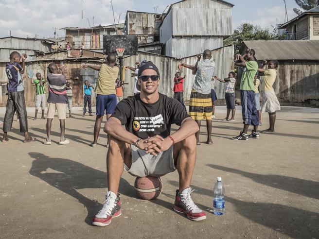 Africa, Bruno Cerella: «La mia schiacciata contro la povertà»