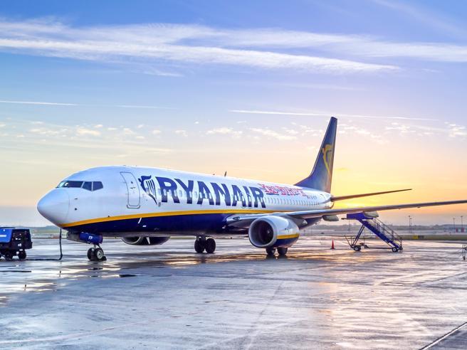 Ryanair,   cancellazioni  fino a marzo 2018: «Disagi per altri 400 mila passeggeri»Le ragioni del caos |I rimborsi
