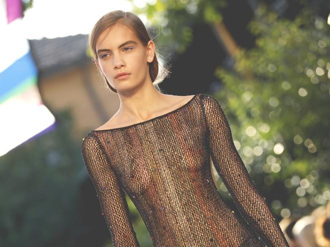 La top Nina Marker conquista la Paris Fashion Week: «Sono autistica»