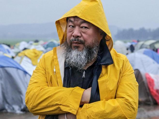 Weiwei: «Anche io sono un rifugiato Criticate i governi, non le ong»