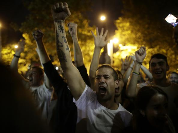 Catalogna: Puigdemont dichiarerà indipendenza.