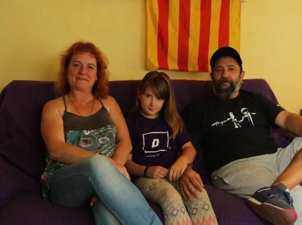 Indipendenza Catalogna: unionisti di nuovo in piazza in una Barcellona blindata