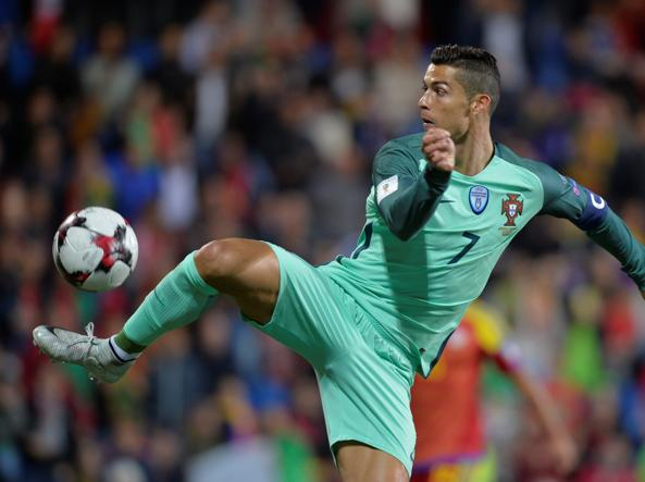 Il Portogallo batte la Svizzera 2-0: CR7 vola in Russia senza play-off