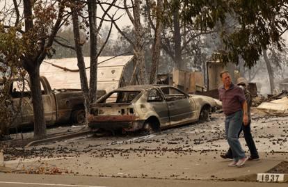 Risultati immagini per incendio california